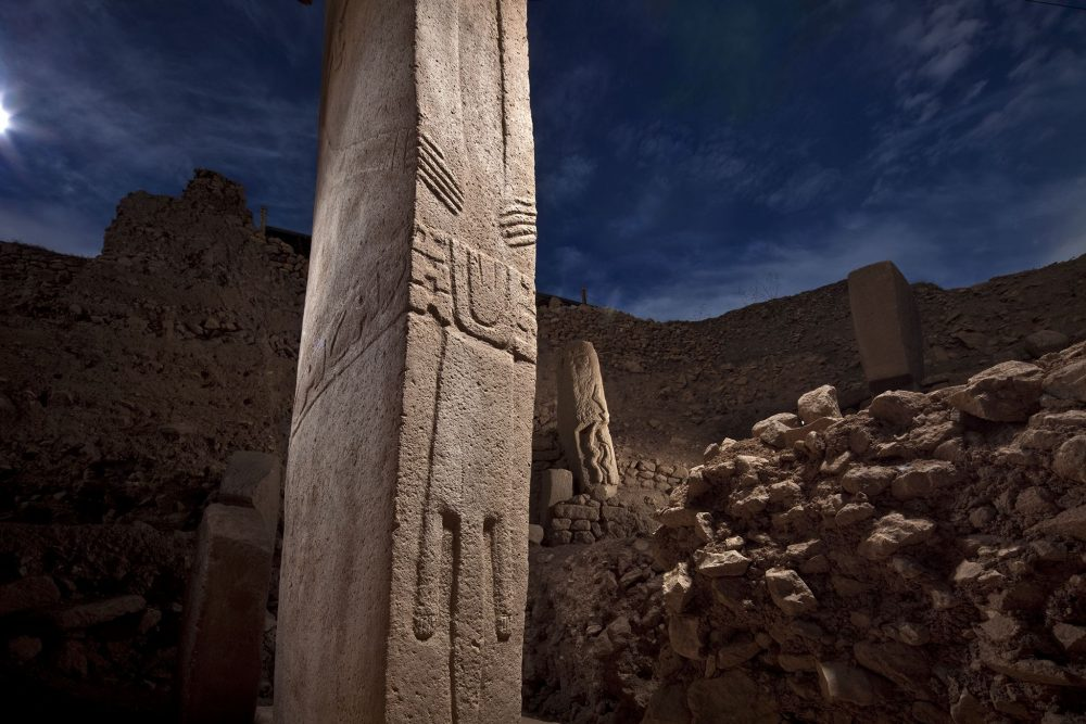 One of the many ancient pillars of Göbekli Tepe. Image Credit: Pinterest.
