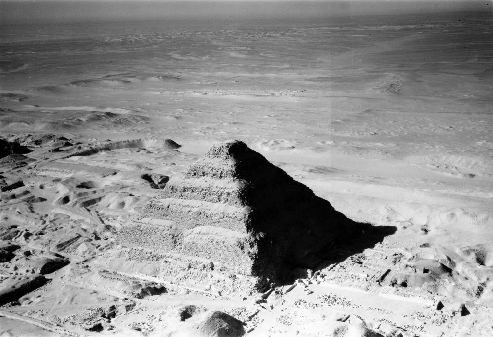 Ṣaqqâra (Egypt), aerial view of the Step pyramid of Djoser. Image Credit: UMW Libraries.