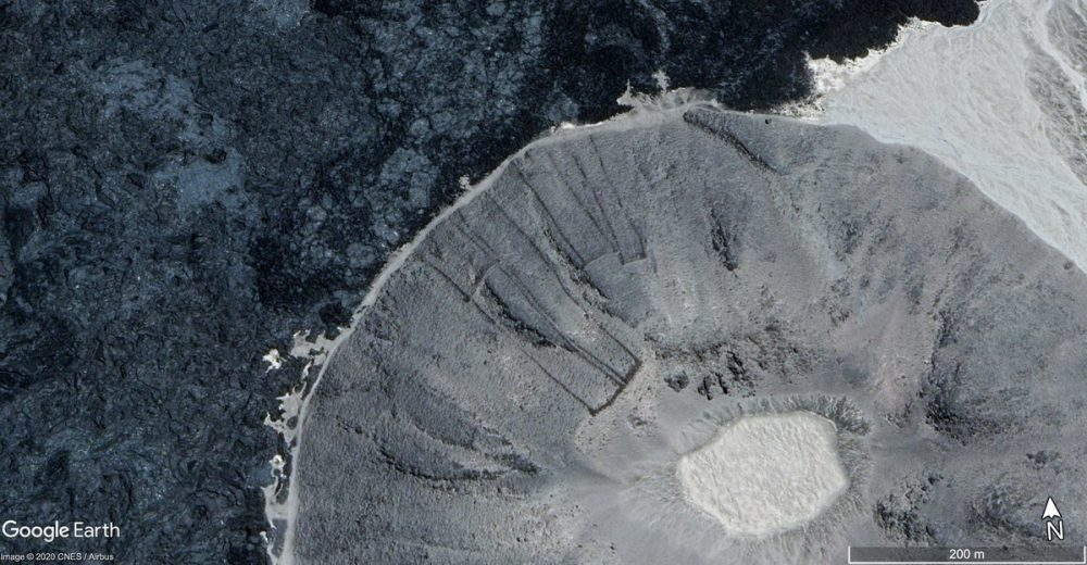 Satellite image showing the curious stone structures. Image Credit: Google Earth.