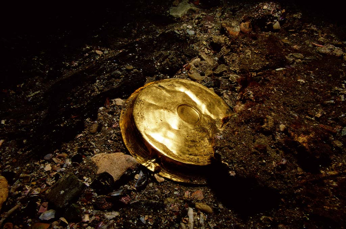 A golden phial found in Heracleion