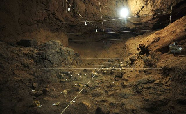 """The """"Golden"""" chamber beneath one of the pyramids of Teotihuacan. Credit: HuffPost"""
