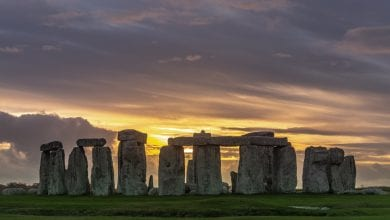 Photo by Jack B on Unsplash, Stonehenge