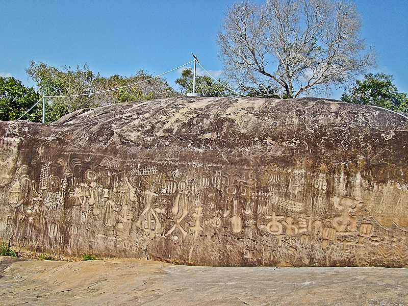 You can see how densely engraved Pedra do Inga is and how many various themes it covers. Credit: Wikimedia Commons