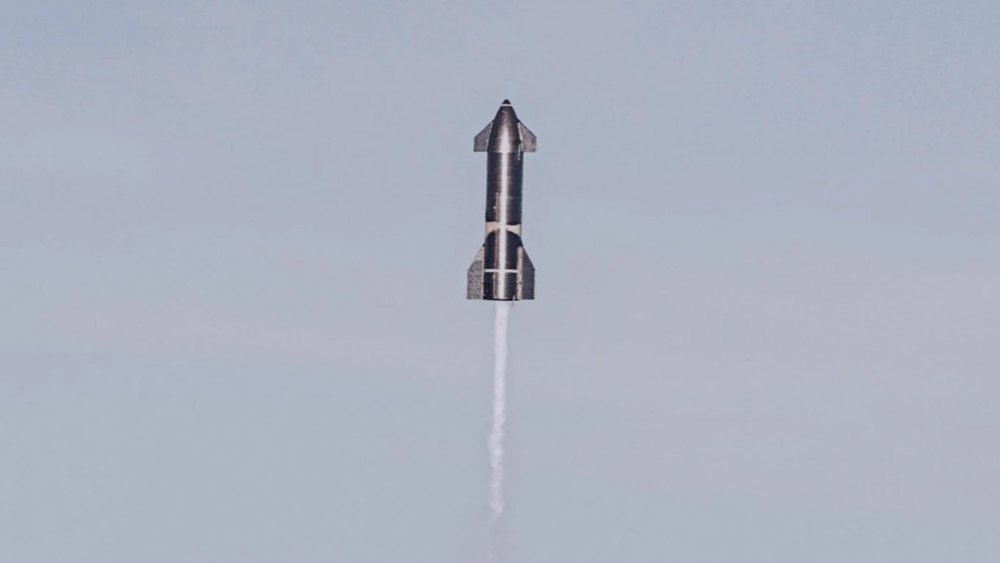 An image of Starship Serial Number 8 (SN8) During liftoff. Image Credit: SpaceX.