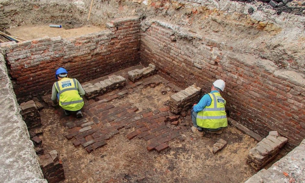 Excavations at the first English playhouse. Credit: UCL