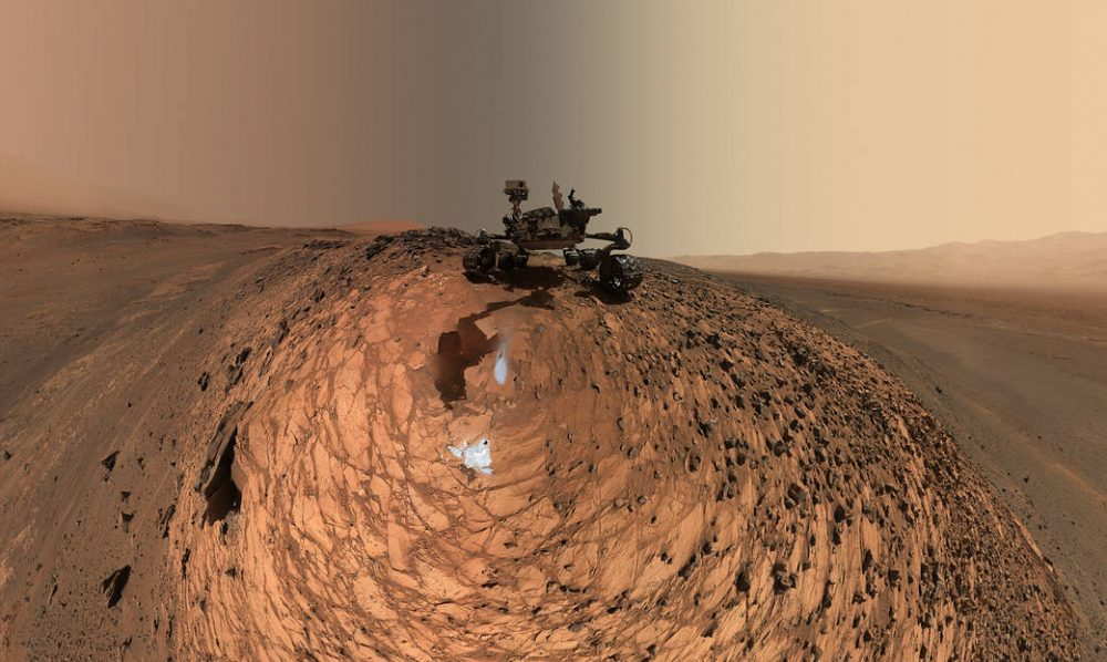 """A low-angle """"selfie"""" by the Curiosity Mars rover from one of the sample collection missions in the Gale Crater. Credit: NASA/JPL-Caltech/MSSS"""