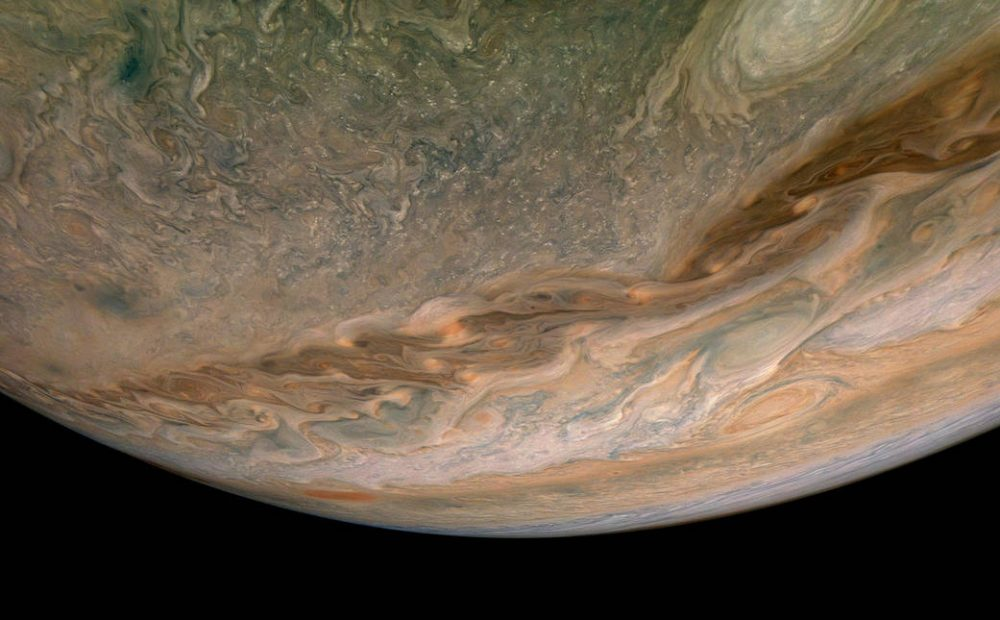 Swirling Clouds in the northern hemisphere. Credit: NASA/JPL-Caltech/SwRI/MSSS