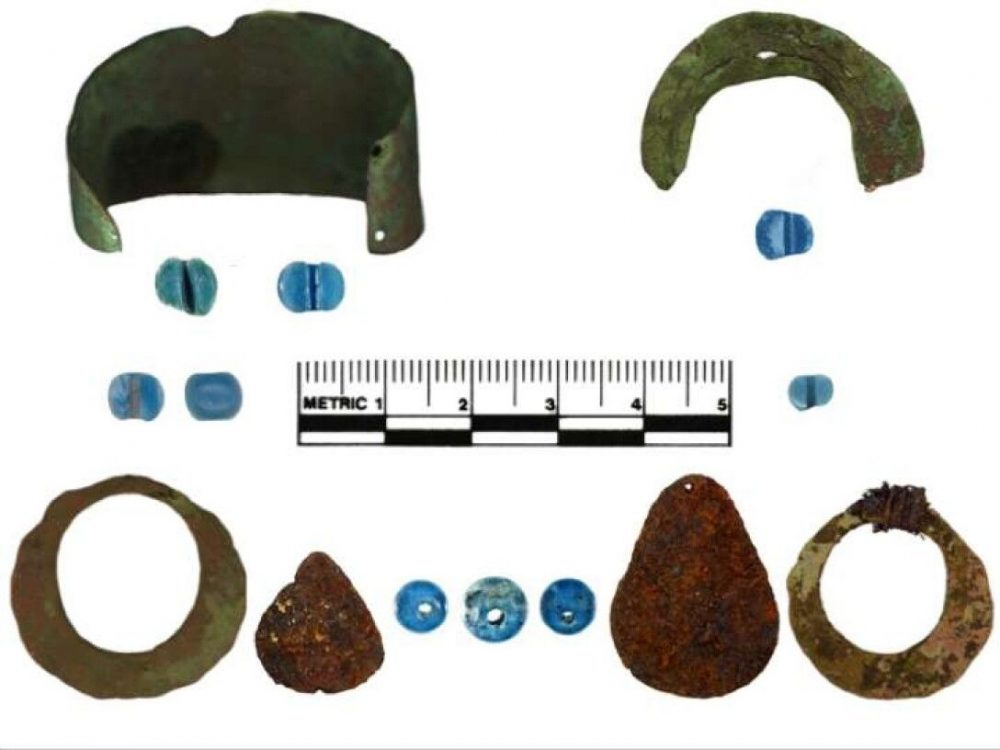 Artifacts from the excavations at Punyik Point. Credit: ML Kunz et al., 2021, American Antiquity