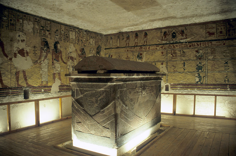 Inside the Tomb of Ay, a magnificent tomb in the Western Valley. Credit: Wikimedia Commons