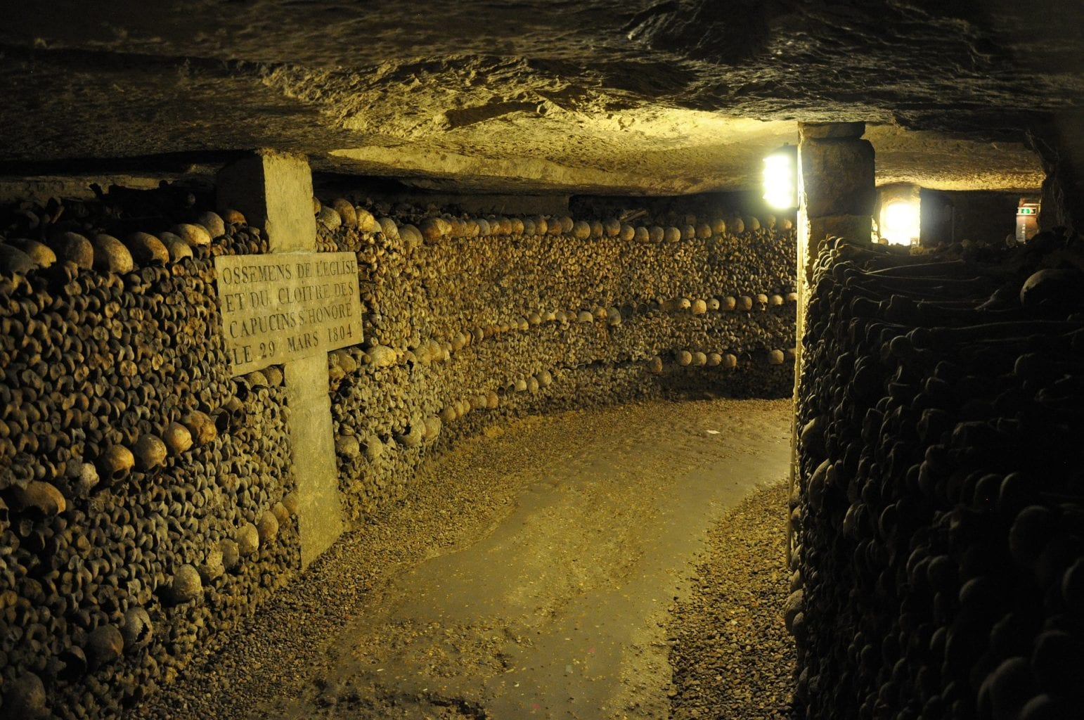 The total length of the Paris catacombs has been estimated to at least 300 kilometers although most of them are closed to the public. Credit: Chiefhardy/Pixabay