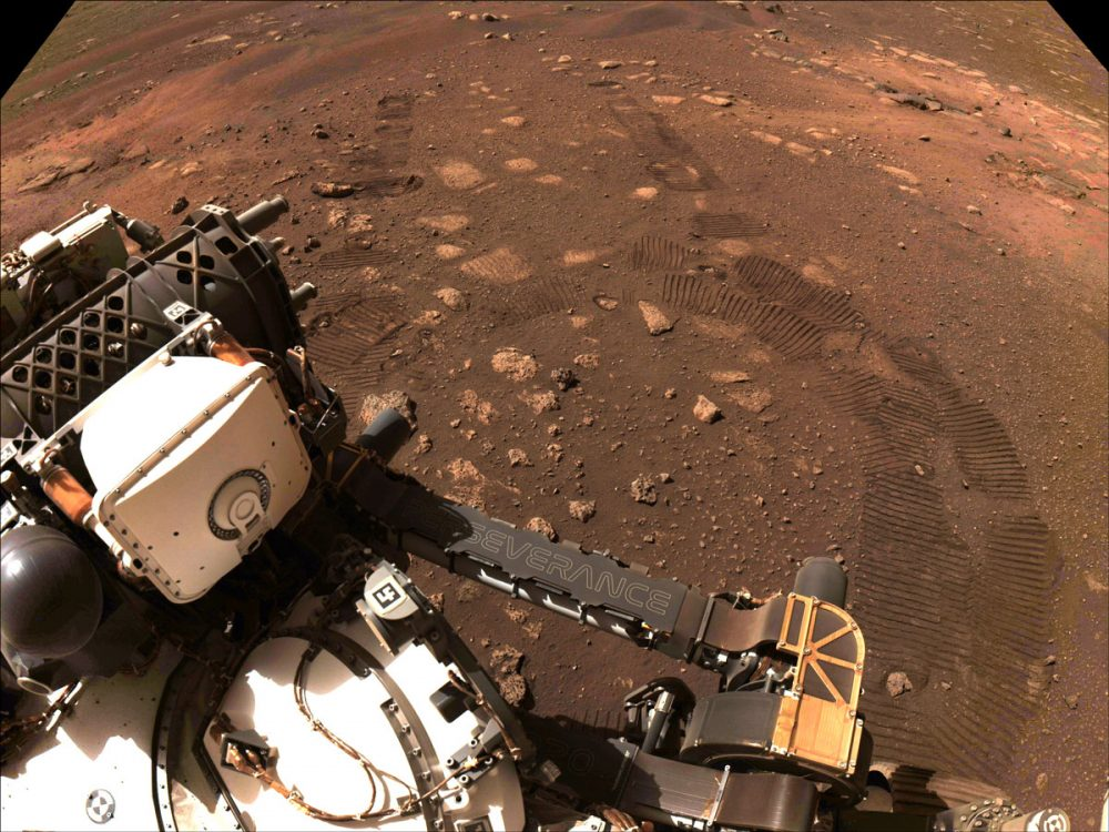 The Perseverance rover made its first drive on the surface of Mars! Credit: NASA/JPL-Caltech