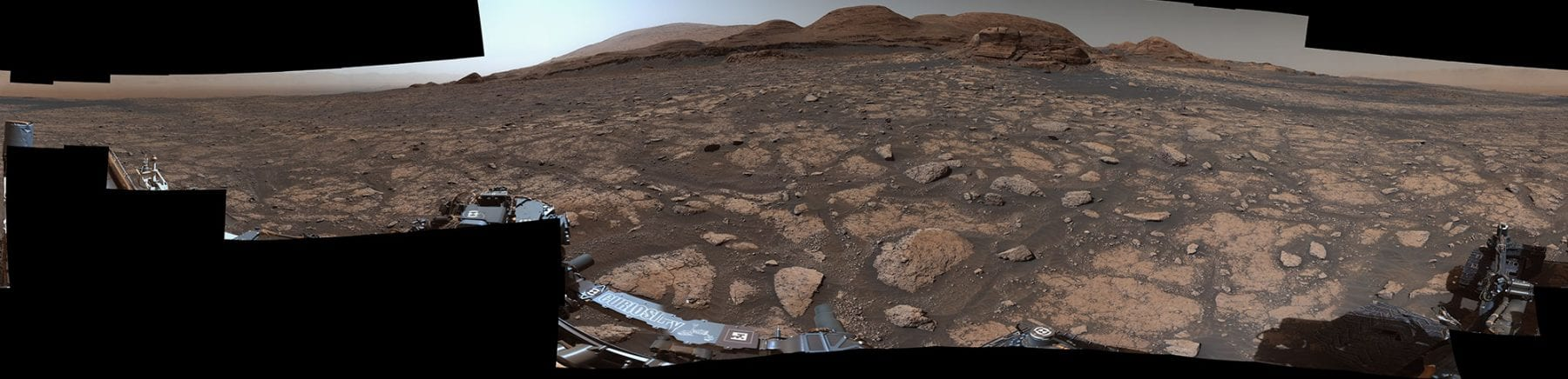 In another composition of images from the Mastcam, we see this 360-degree panorama of Mont Mercou and its surroundings. This image was composed of 126 individual shots on March 3, days before Curiosity reached the vicinity of the landmark. Credit: NASA/JPL-Caltech/MSSS