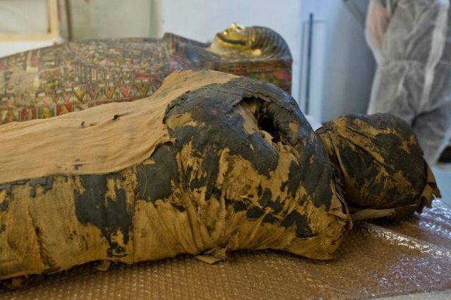 Scientists believed that the Hor-Djehuti mummy was a man. The latest scans, X-rays and study revealed that it was actually the first Egyptian pregnant mummy in history. Credit: Warsaw Mummy Project / Facebook