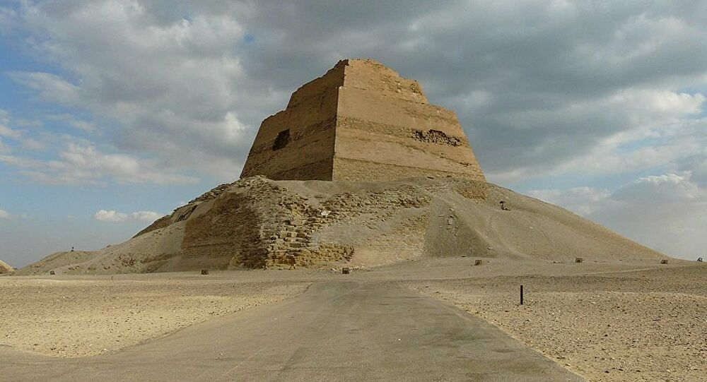 The remaining structure from the Pyramid of Meidum. Credit: Wikimedia Commons