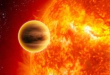 Artist's impression of the ultra-hot Jupiter WASP-33b which has the hydroxyl molecule in its atmosphere. Credit: NASA