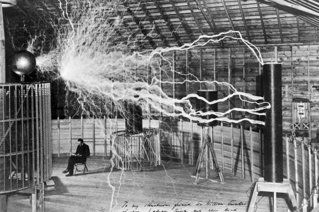 Nikola Tesla working in his Colorado Springs Laboratory. The genuis' inventions like the Tesla valve are still not completely understood more than 100 years later. Credit: Dickenson V. Alley, Wellcome Collection, CC BY