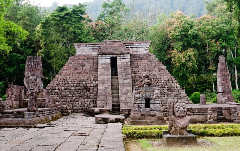 The pyramid at the Sukuh Temple, Indonesia. Credit: Flickr/Marina & Enrique
