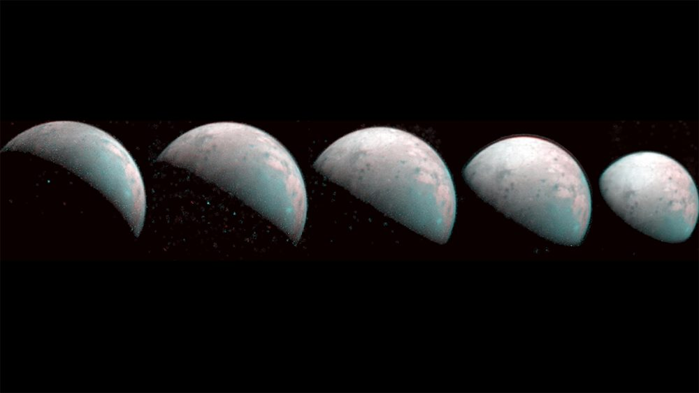 Juno's photographs of Ganymede from 2019, when the spacecraft was one hundred thousand kilometers from the Moon. Today, it will be as close as 1,038 kilometers from the surface. Credit: NASA / JPL-Caltech / SwRI / ASI / INAF / JIRAM