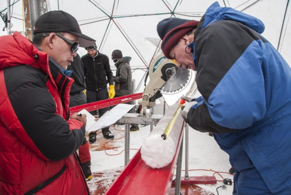 Scientists process ice core drilled in the Gulia ice cap on the Tibetan plateau. Credit: Lonnie Thompson, Ohio State University