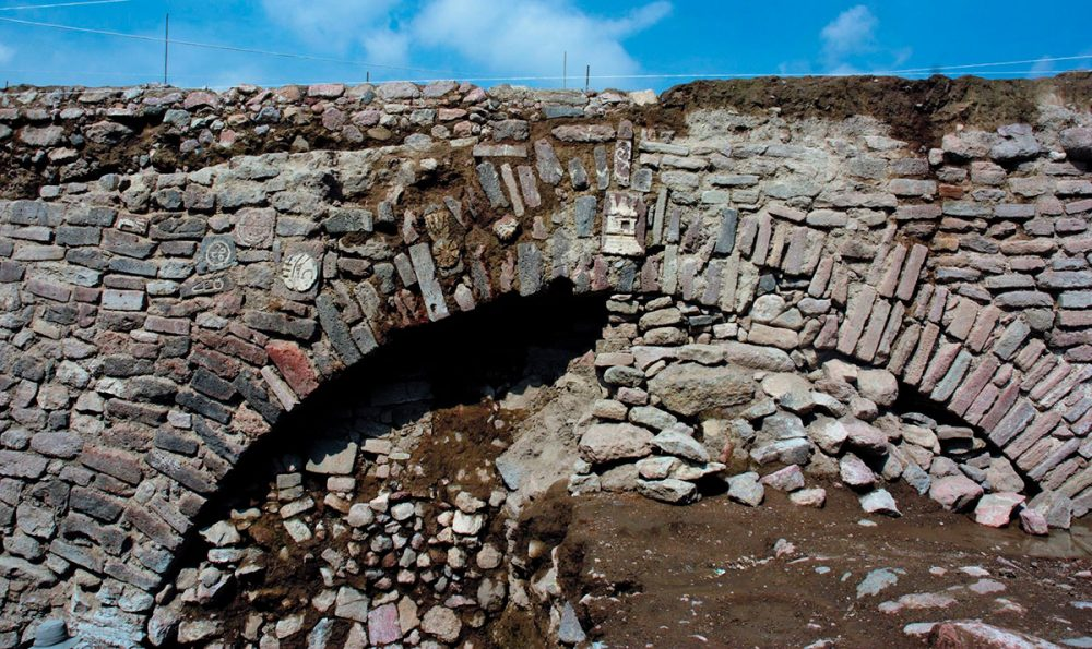 This 600-year-old Aztec tunnel will be reburied by archaeologists. Credit: INAH