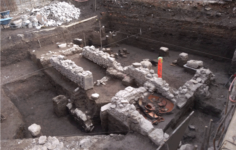 Archaeologists have found a house in Tlatelolco that was reused as a temple and cemetery during the first years of Spanish rule. Credit: José Antonio Lopez