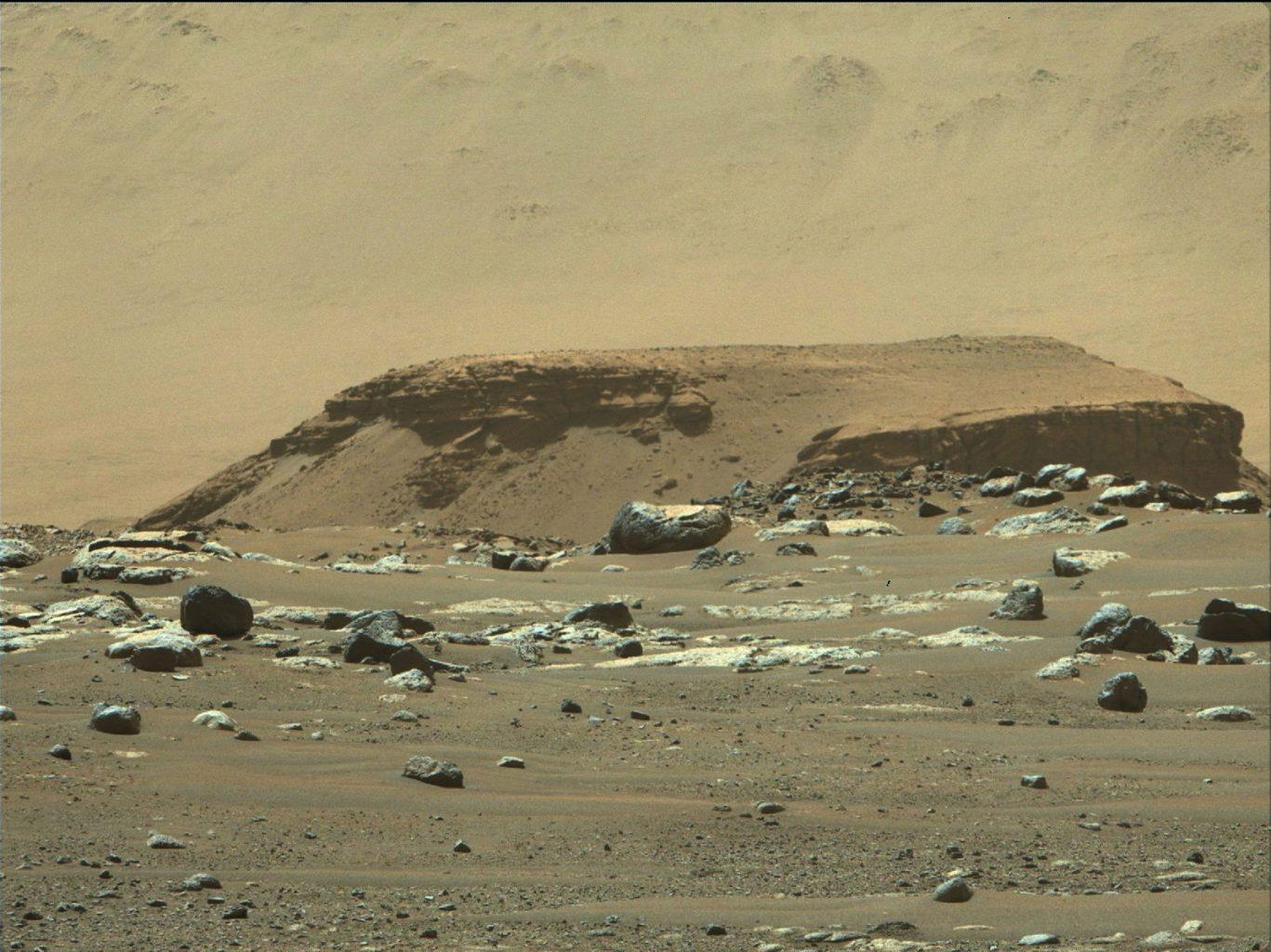 Image of the stacked sediment layer deposits known as Kodiak. Credit: NASA/JPL-Caltech/ASU/MSSS